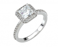 Classic Vintage Princess Cut Halo Enagement Ring
